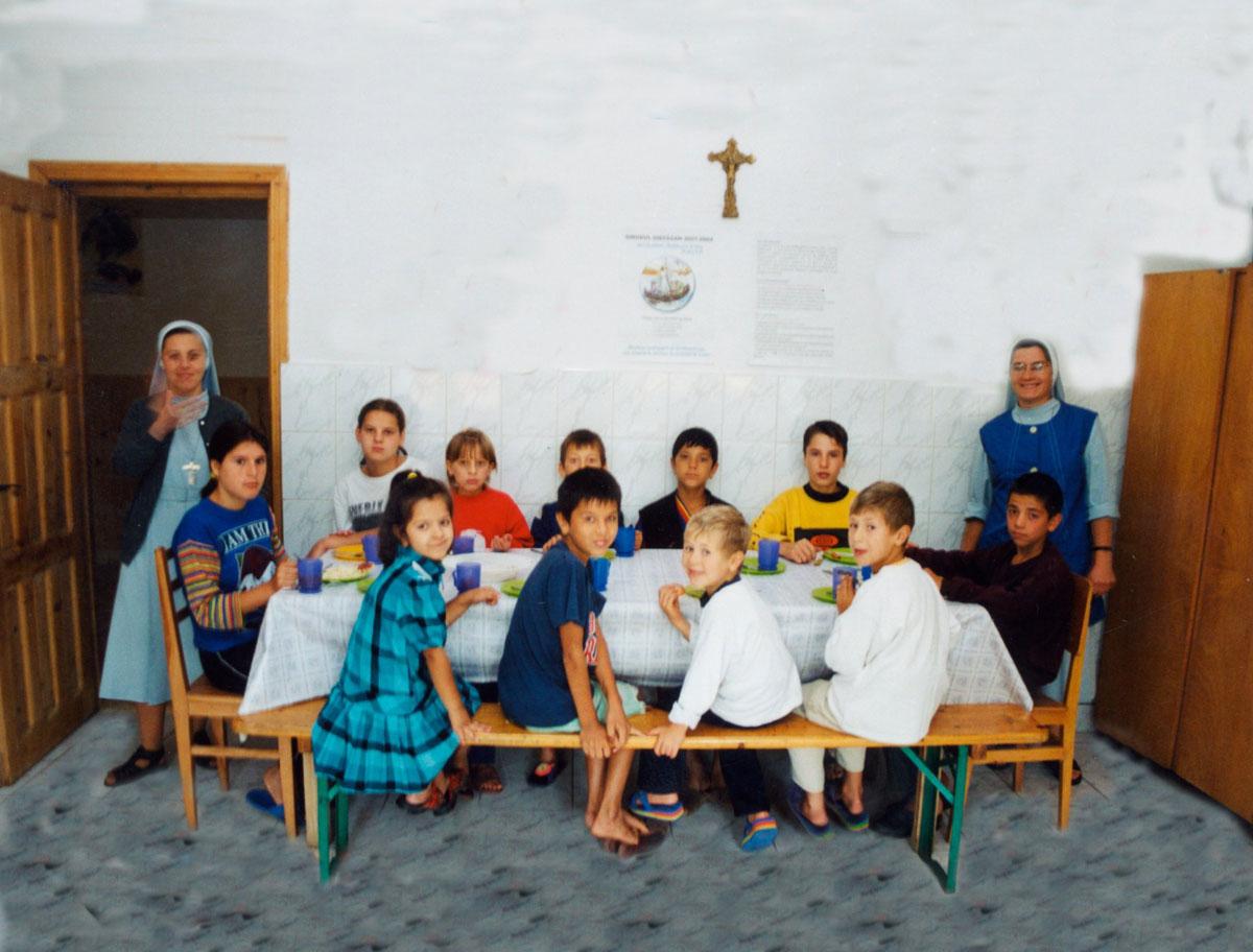 HUDT Work - Orphans in Oituz